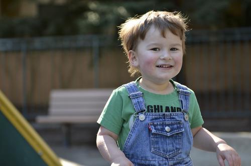 Tenho um filho autista, ou um cliente autista... Como posso ajudá-lo?