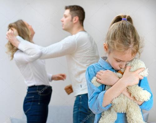 Como um trauma pode vir a se transformar em vocação?  O caso Bia: acessos de Pânico em função de maus tratos vividos na infância